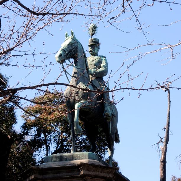 上野恩賜公園小松宮彰仁親王銅像